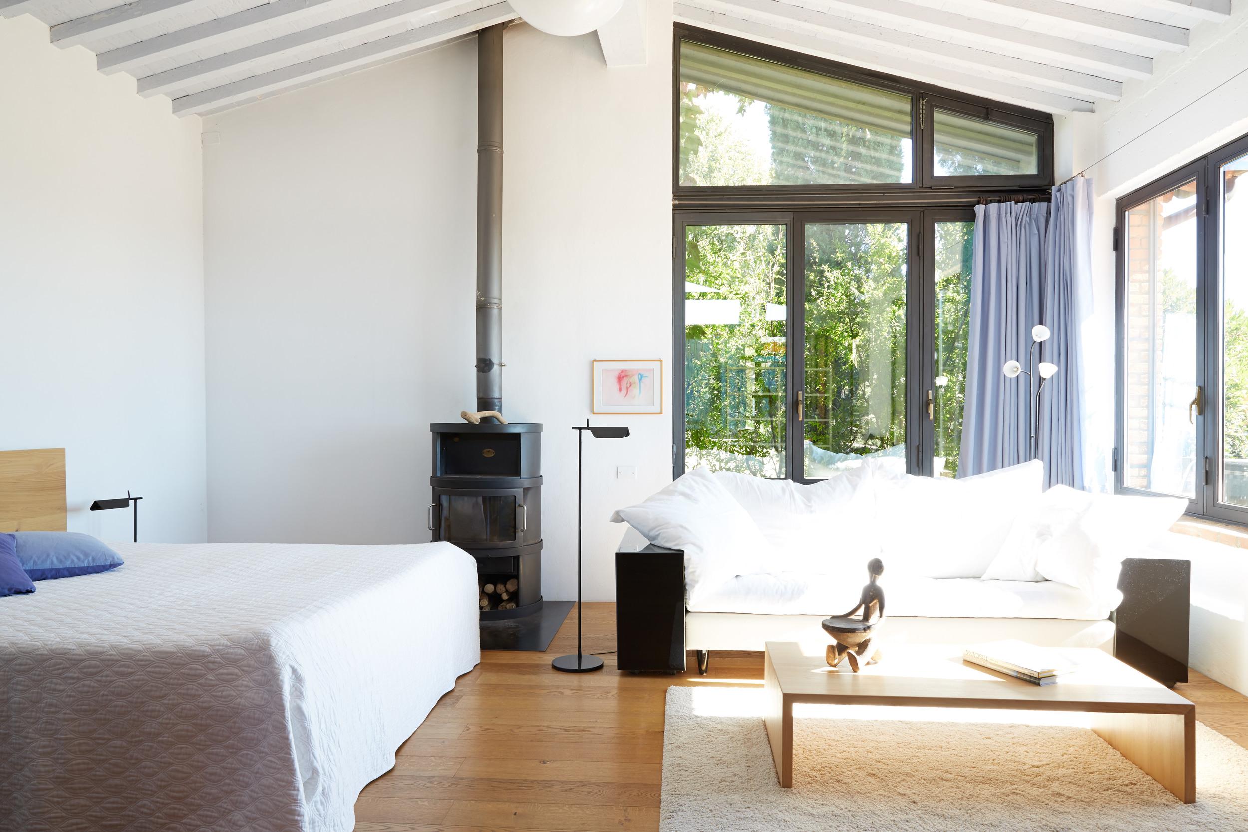 Grosszügige Loft für zwei Personen. Mit grosser Terrasse und grossartiger Aussicht. Ab 125 €/Tag (Off-Saison)
