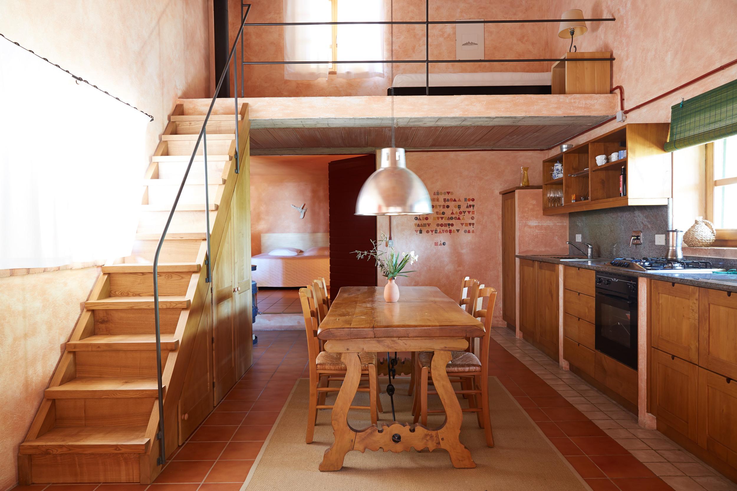 Das einfache, alleinstehende Haus am Hang, für 2 bis 3 Personen.  Ab 99 €/Tag (Off-Saison)