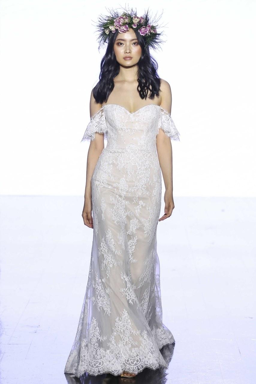 wtoo-by-watters-wedding-dresses-spring-2020-011.jpg