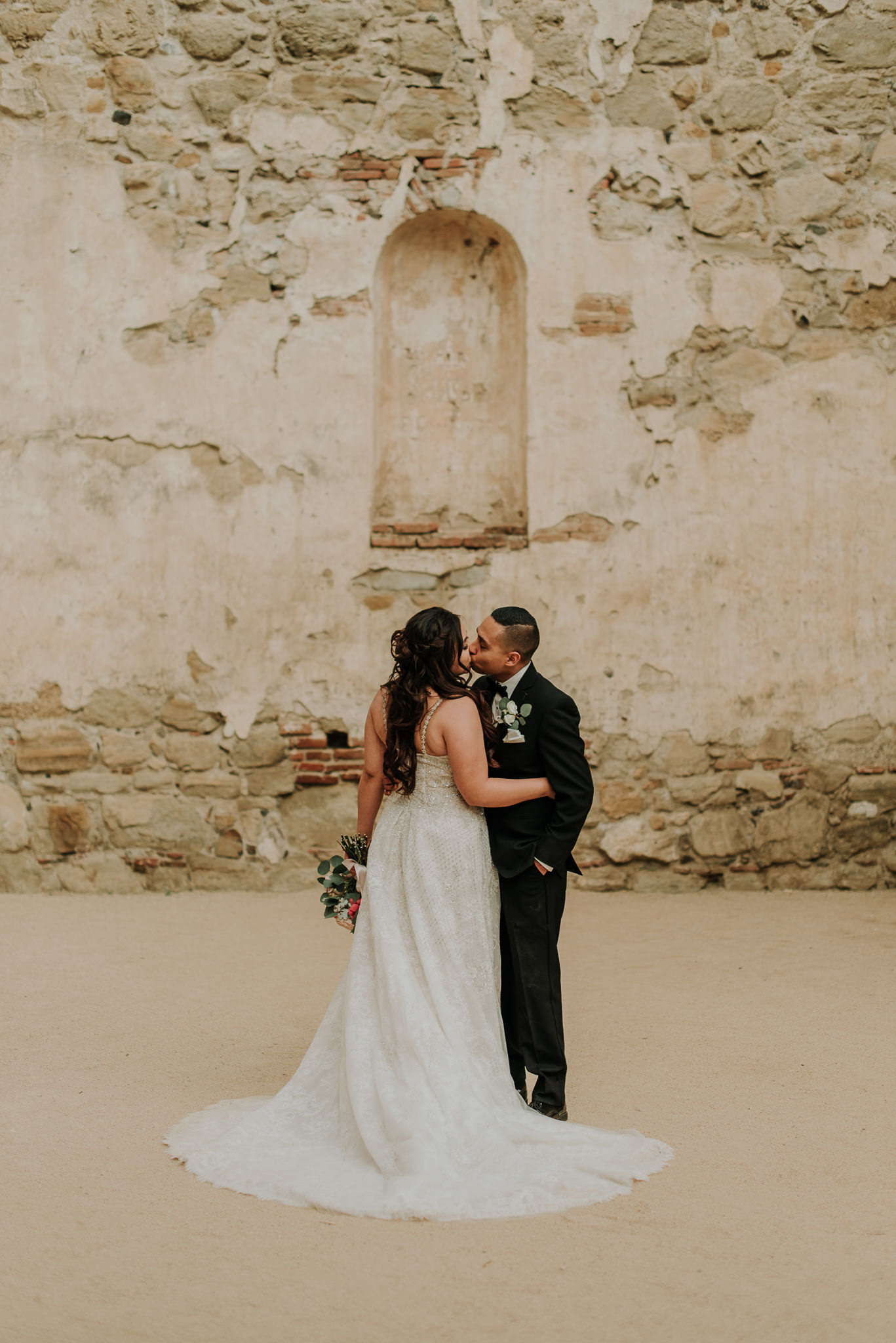 2019-04-05_Brittany_and_Nick_-_Married_-_San_Juan_Capistrano-106.jpg