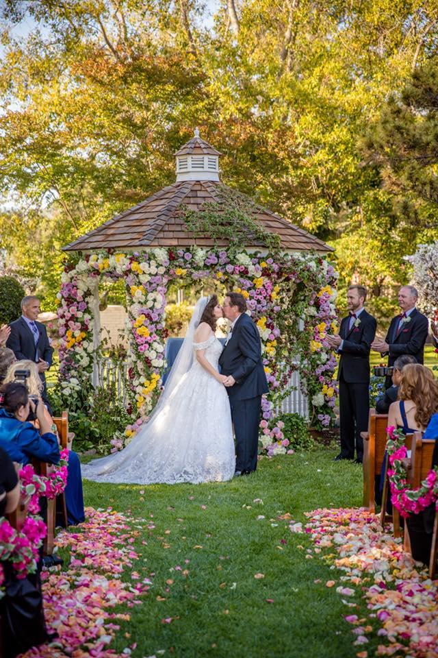 Susan Jeske and James Irvine - Susan ties the knot in custom Stephen Yearick