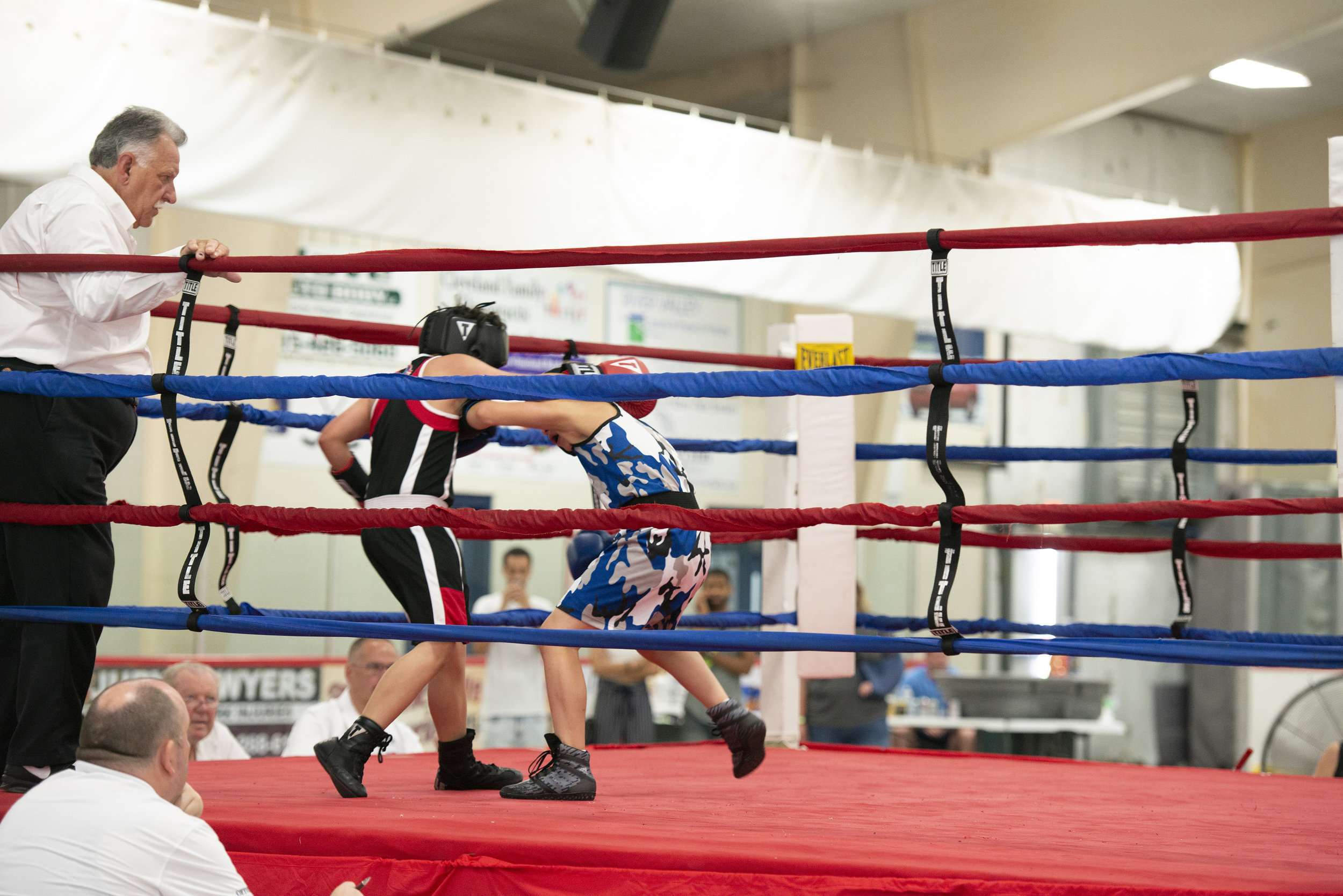 Boxing_Show6_Reverie_photography_Peek-a-Boo_Boxing_Gym_River Falls.jpg