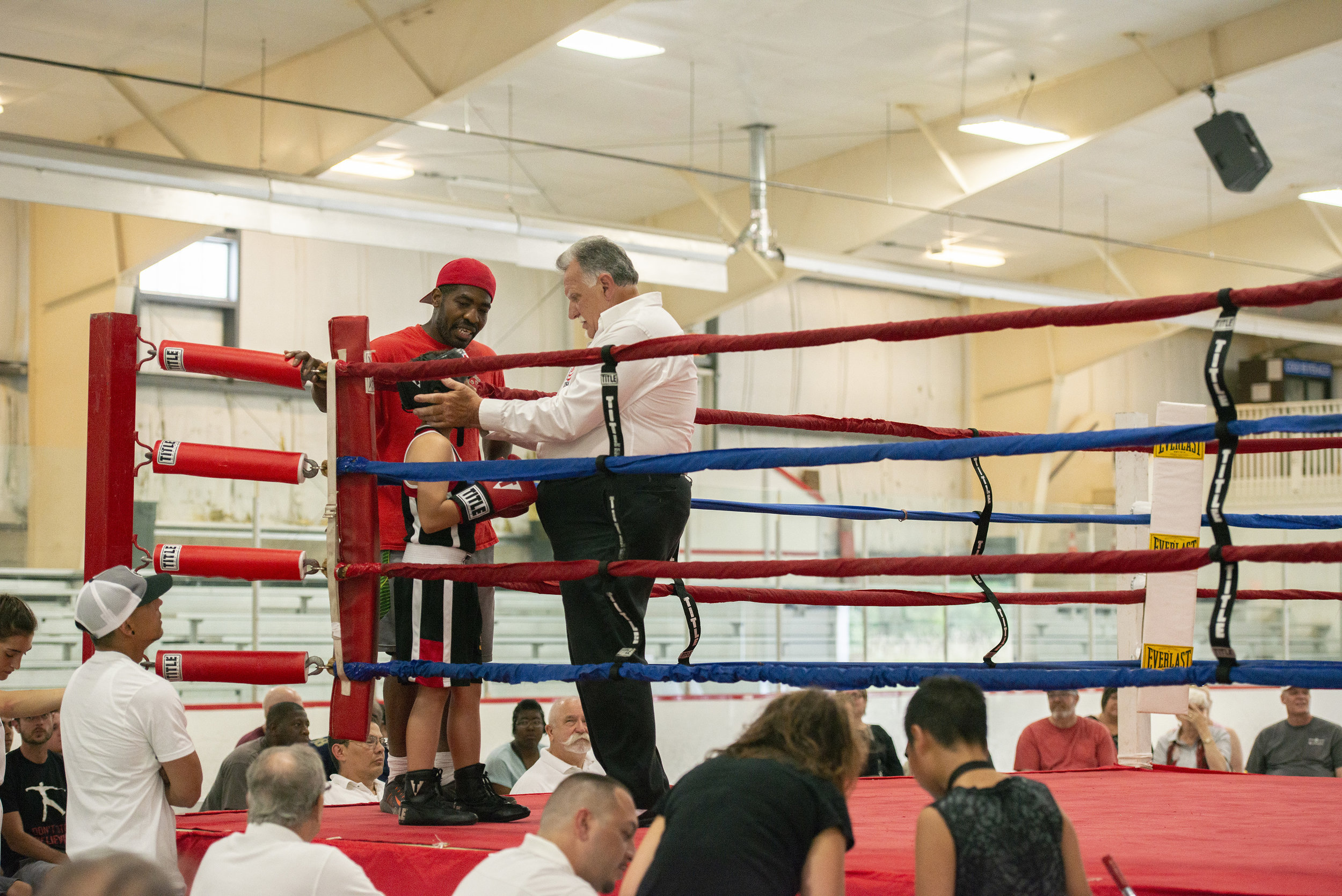 Boxing_Show_Reverie_photography_Peek-a-Boo_Boxing_Gym_River Falls.jpg