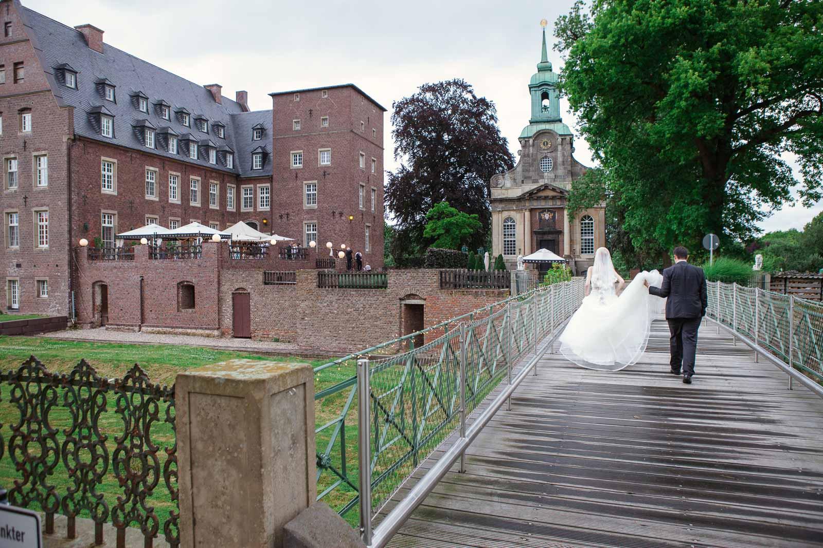 Hochzeitsfotograf Wesel - Schloss Diersfordt_083.jpg