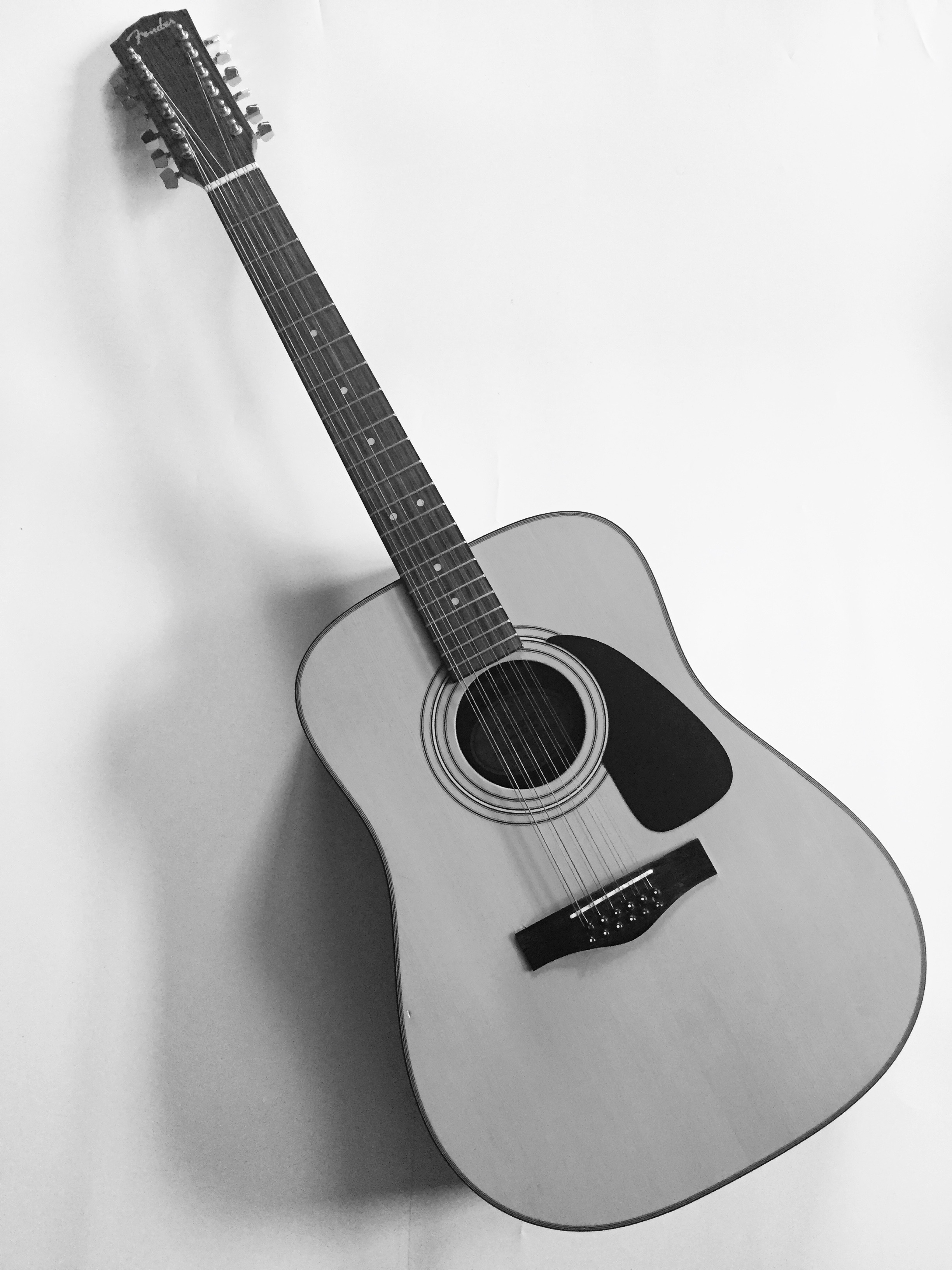 Ian Valor - Grandma's 12 String