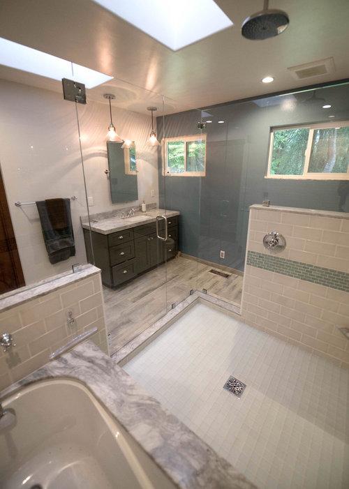 Coastal Craftsmen Shower Bath Combo