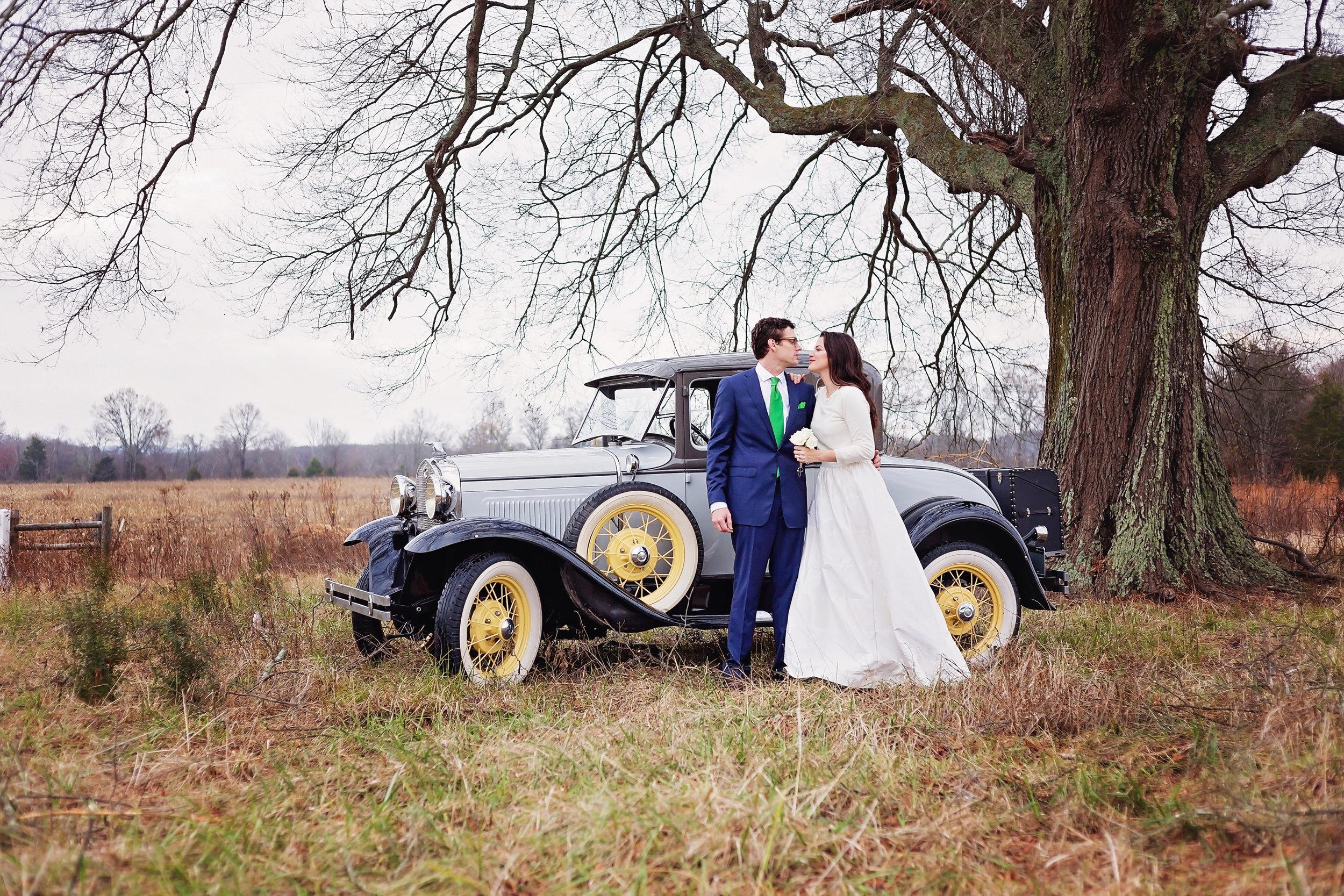 bride and groom antique car portrait