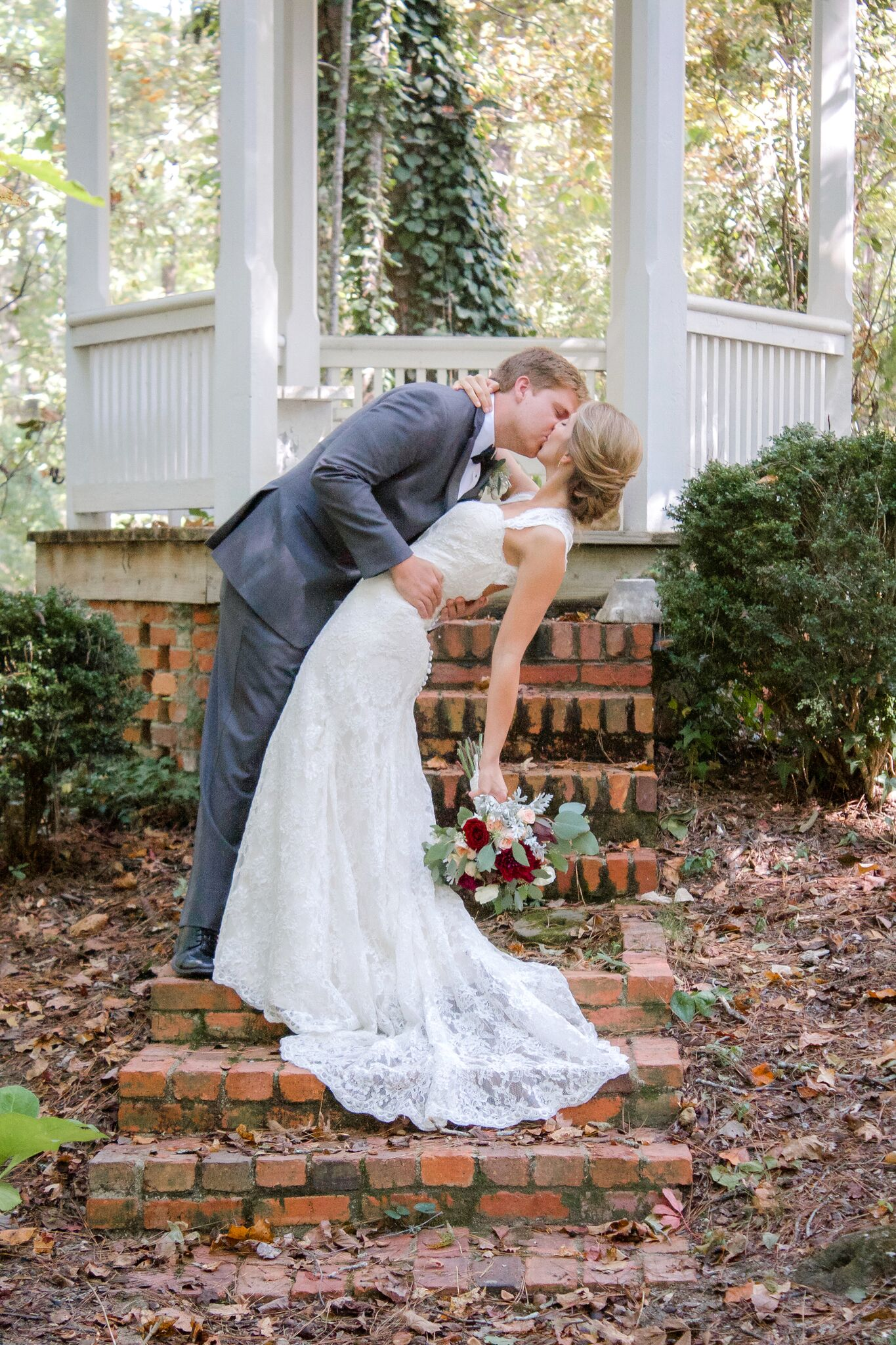 bride and groom portrait alabama wedding