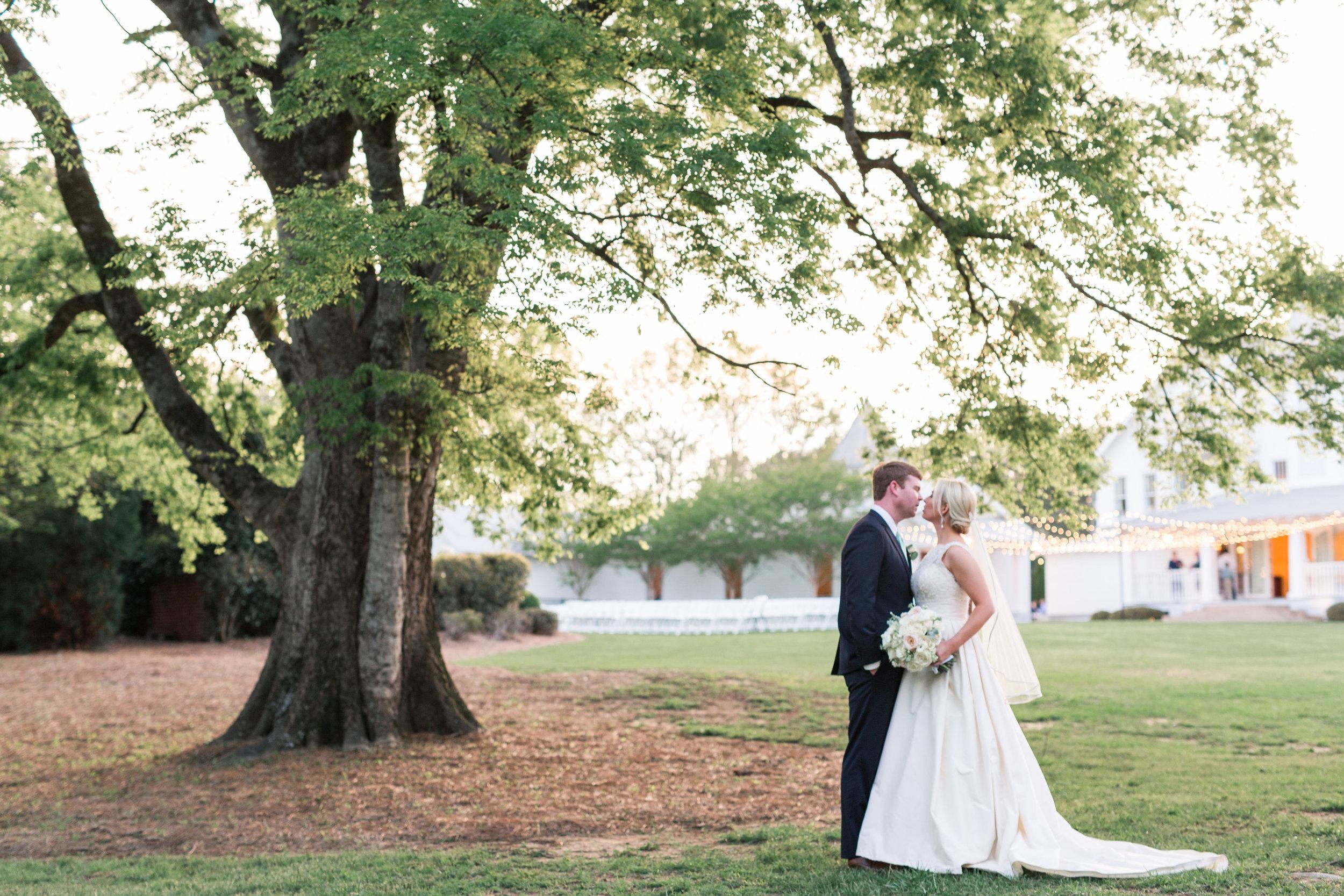 bride and groom portraits alabama wedding