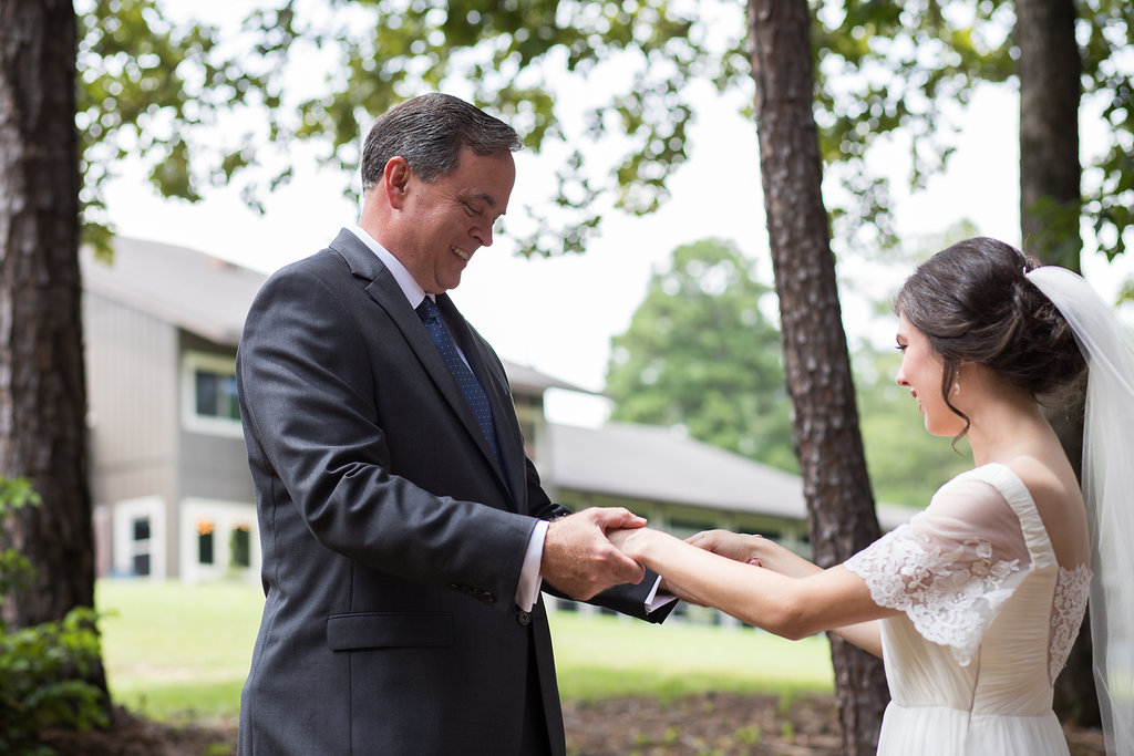 father and bride first look