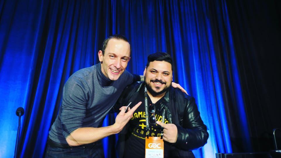Eu e o Mick Gordon, compositor da premiada trilha da nova versão do jogo Doom (2016) e da nova versão da trilha do Killer Instinct
