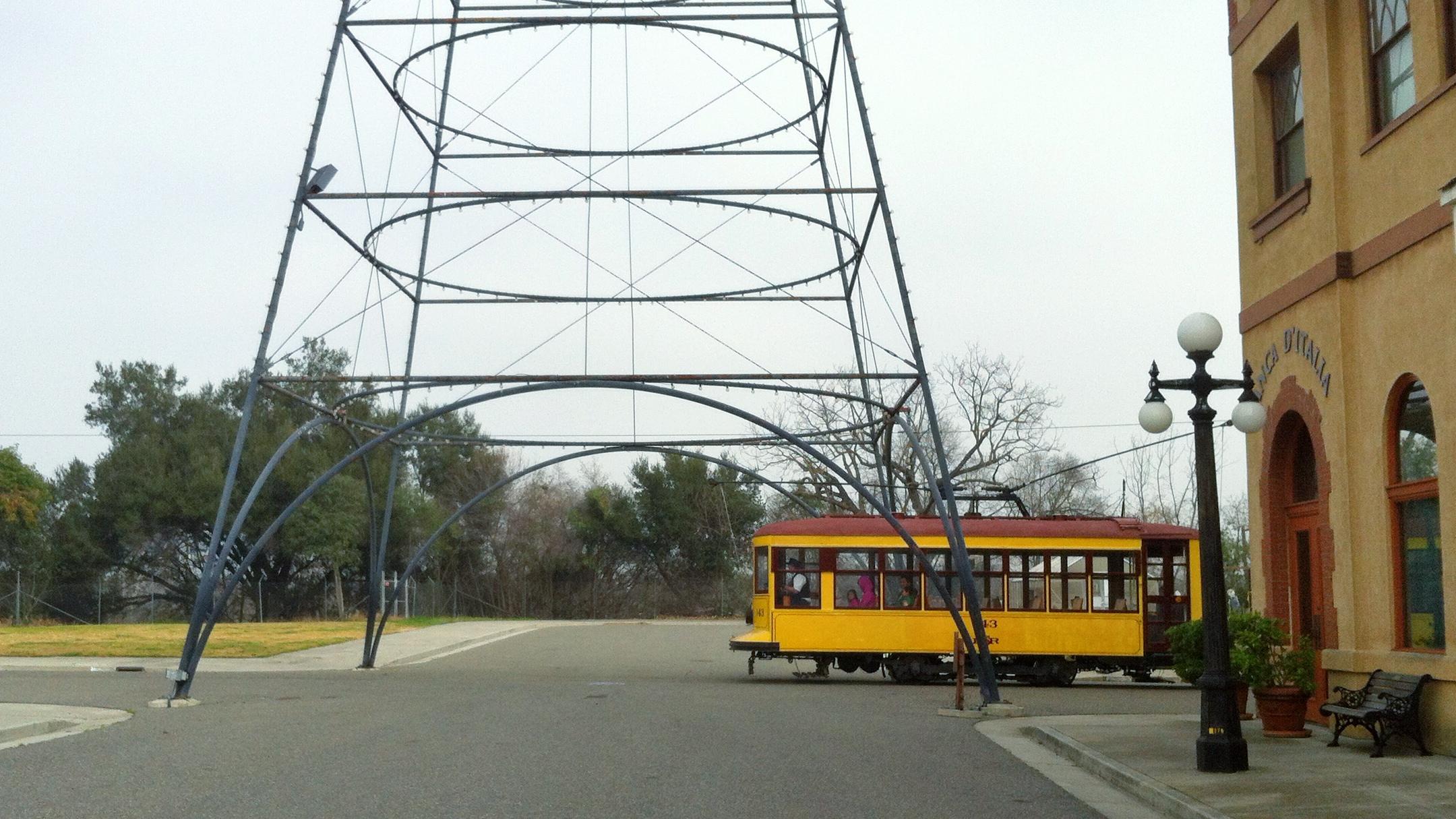 HistorySJ_trolleyAndLightTower.jpg