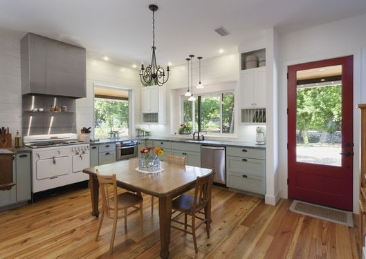 Watch me put my purse on the table along with a big-ass pile of papers. Photo credit:  Houzz
