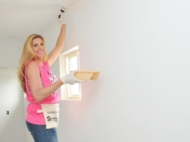 """Actress Candis Cayne volunteering at the 2016 """"Hollywood Build"""" . Courtesy Photo"""