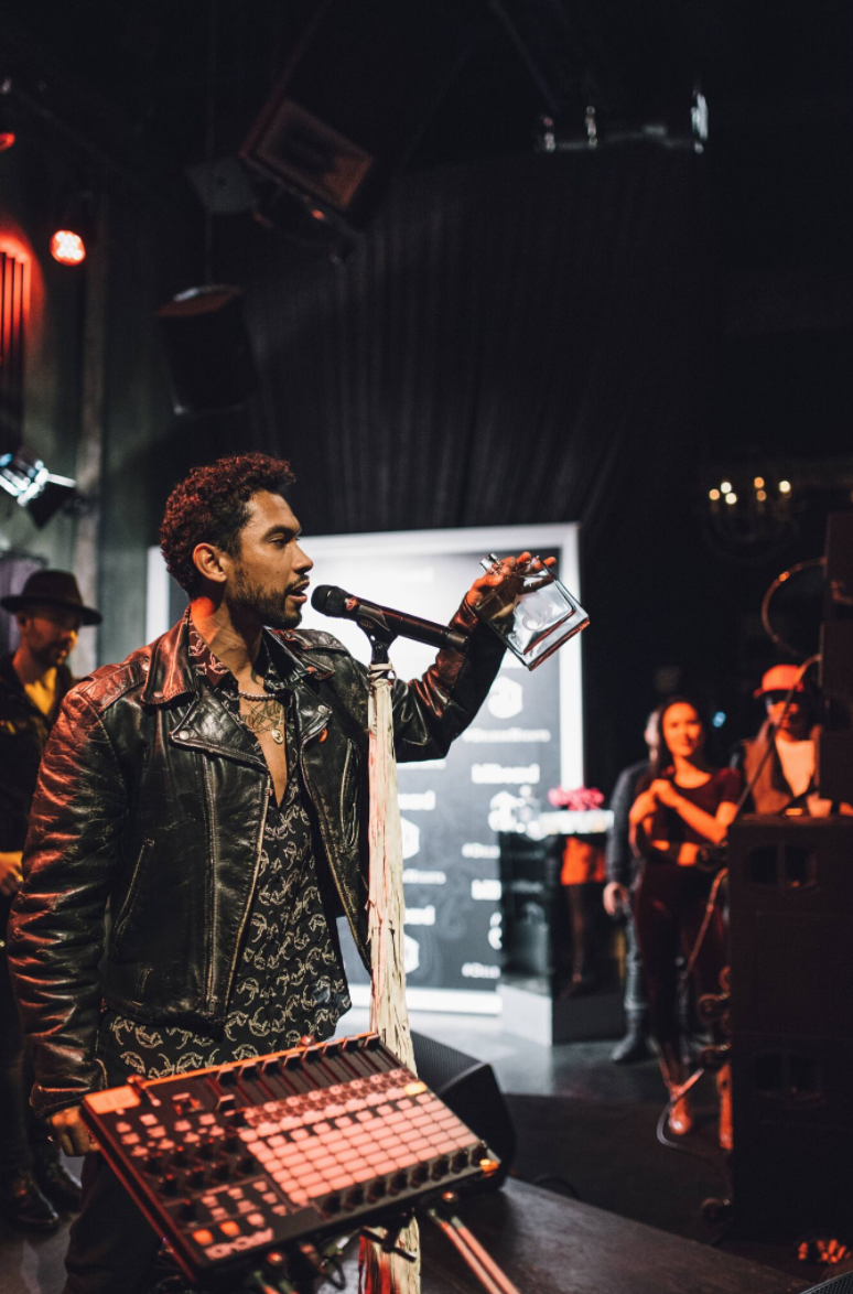 Miguel led the crowd in a special toast reminding fans to never conform, always be bold and different while   DeLeón Tequila  and   Billboard    celebrated the release of the   DeLeón 100  with a private performance by the Grammy-winning recording artist at The Sayers Club last night in LA. Photo Credit: A Turner Archives