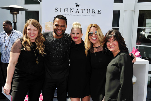 Actor Anthony Anderson poses with Team Hallmark at the GBK Pre-OSCAR Luxury Lounge on February 25, 2017 in Beverly Hills, California. (Photo by Jerod Harris/Getty Images for GBK Productions)