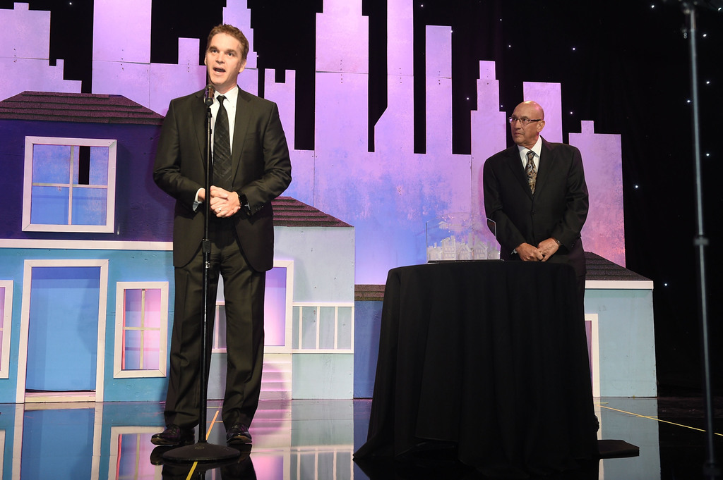 Bob Cooper (R) presents the Foundation Builder Award to Luc Robitaille at the Habitat LA 2017 Los Angeles Builders Ball at The Beverly Hilton Hotel on September 28, 2017 in Beverly Hills, California. Photo Credit: Joshua Blanchard/Getty Images for Habitat for Humanity.