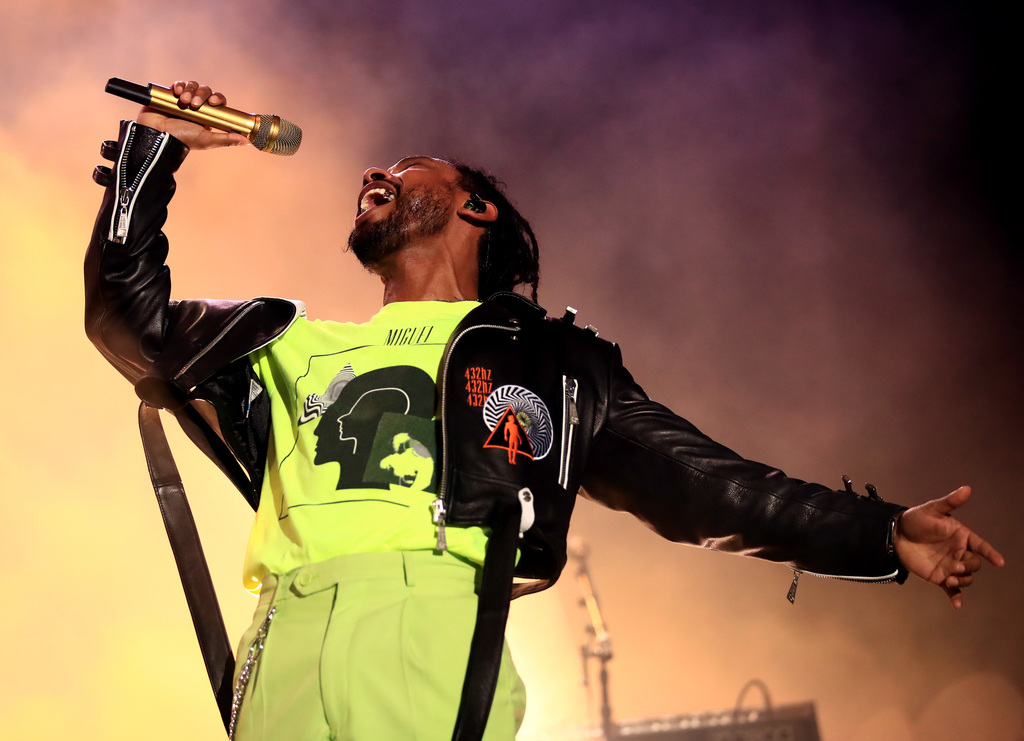 Miguel performs on Bacardi Sound of Rum Stage during the 2018 Life Is Beautiful Festival on September 22, 2018 in Las Vegas, Nevada. (Photo by FilmMagic/FilmMagic for Life Is Beautiful)