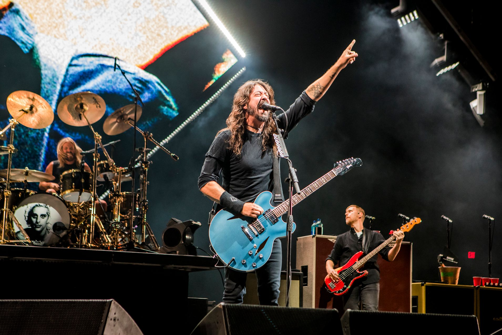 Dave Grohl of Foo Fighters Rocks Out at CalJam 2018! Photo Credit:  Andy Keilen