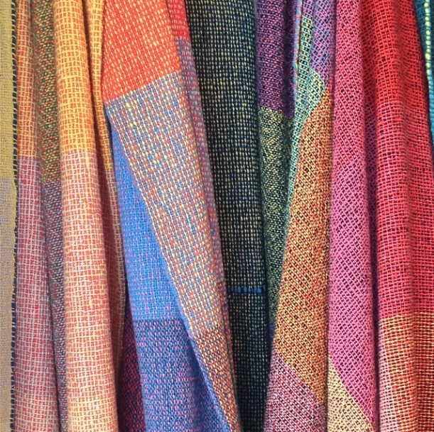 Zuzunaga wool blanket.png