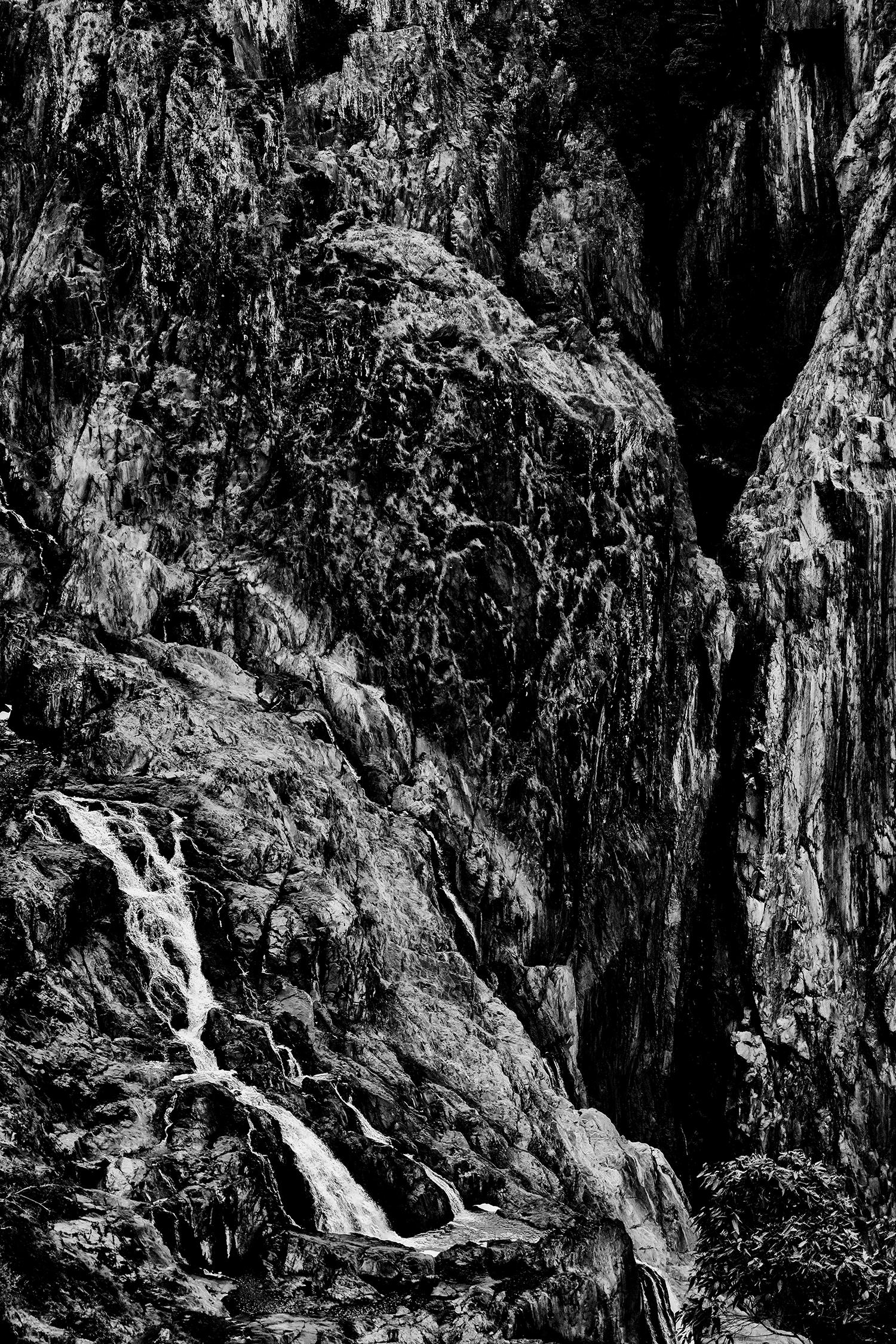 1500-5924-cairns.jpg