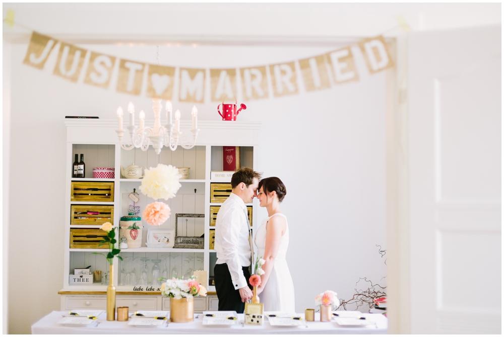 LE HAI LINH Photography-Hochzeitsfotograf-Standesamtliche-Trauung-im-historischen-rathaus-koeln-leonie-henning_0075.jpg