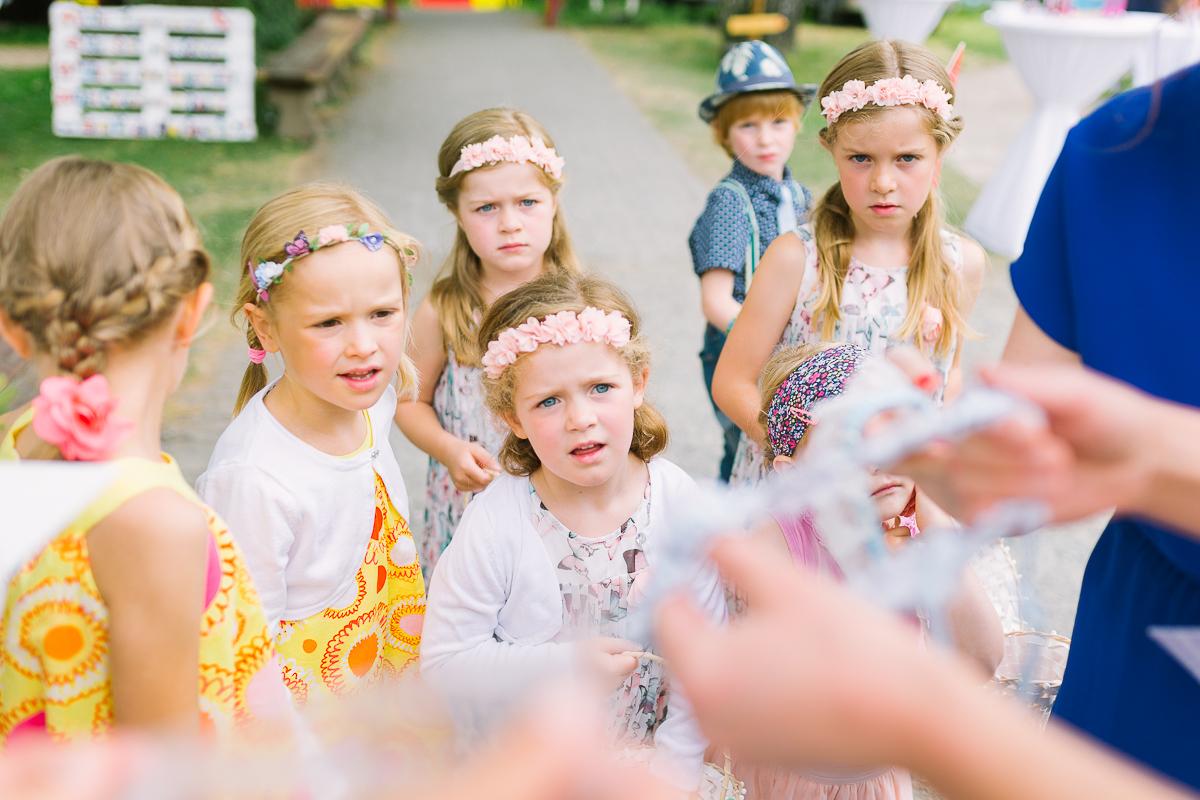 Hochzeitsfotograf Le Hai Linh Koeln Duesseldorf Bonn Zirkushochzeit Vintagehochzeit Sommerhochzeit 049.jpg