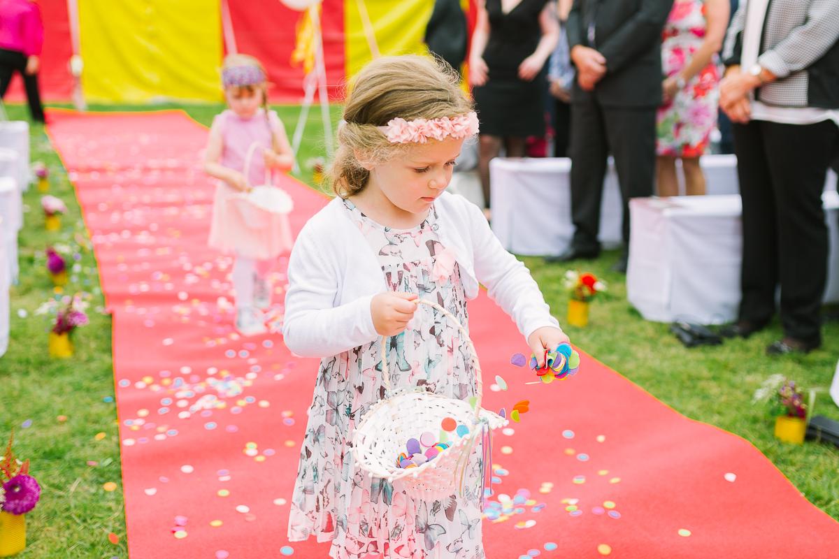 Hochzeitsfotograf Le Hai Linh Koeln Duesseldorf Bonn Zirkushochzeit Vintagehochzeit Sommerhochzeit 054.jpg