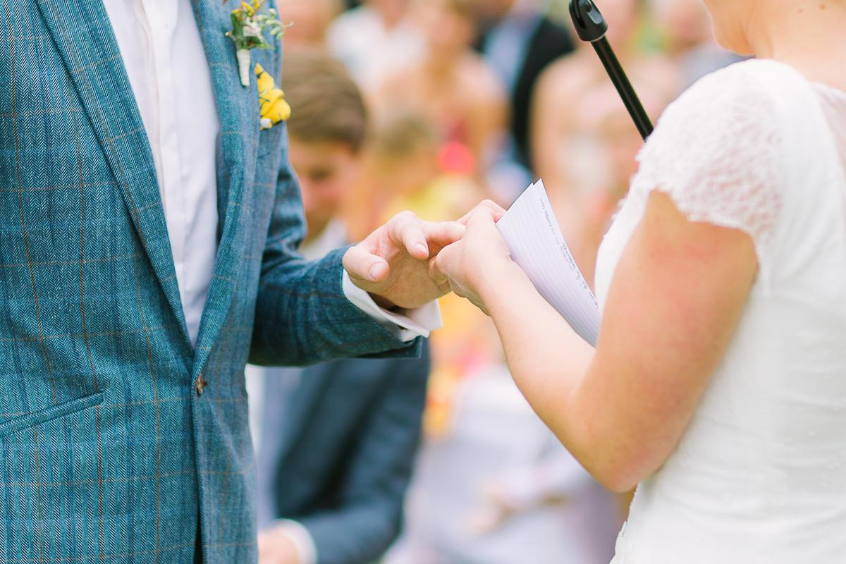 Hochzeitsfotograf Le Hai Linh Koeln Duesseldorf Bonn Zirkushochzeit Vintagehochzeit Sommerhochzeit 070.jpg