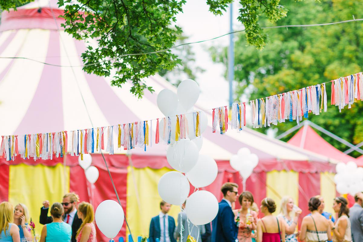 Hochzeitsfotograf Le Hai Linh Koeln Duesseldorf Bonn Zirkushochzeit Vintagehochzeit Sommerhochzeit 085.jpg