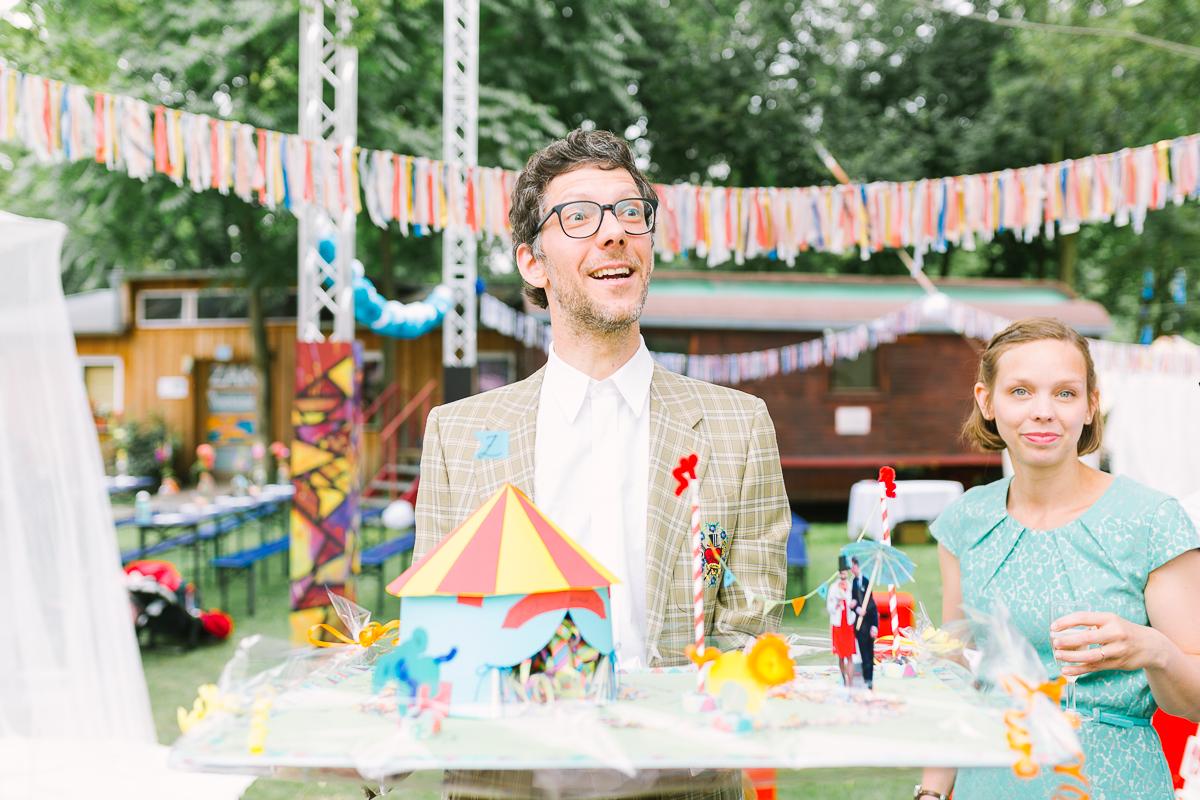 Hochzeitsfotograf Le Hai Linh Koeln Duesseldorf Bonn Zirkushochzeit Vintagehochzeit Sommerhochzeit 094.jpg