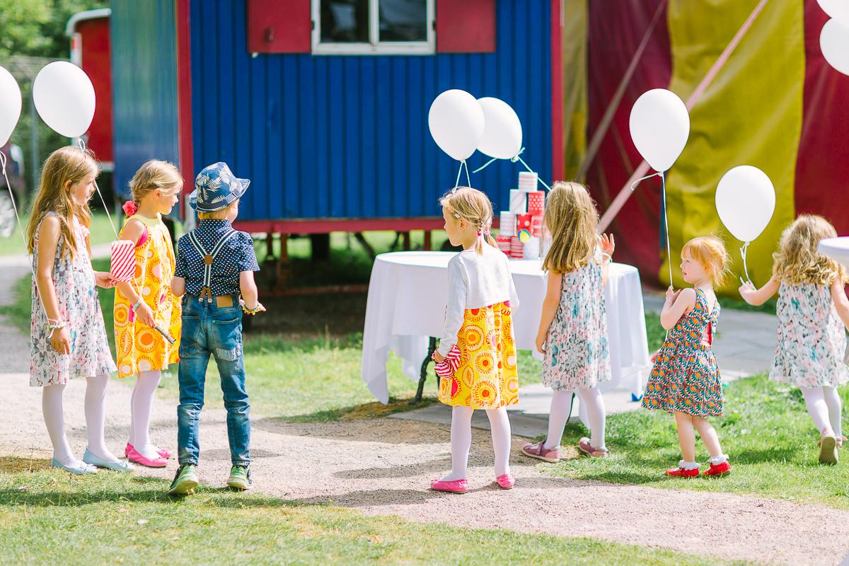 Hochzeitsfotograf Le Hai Linh Koeln Duesseldorf Bonn Zirkushochzeit Vintagehochzeit Sommerhochzeit 122.jpg