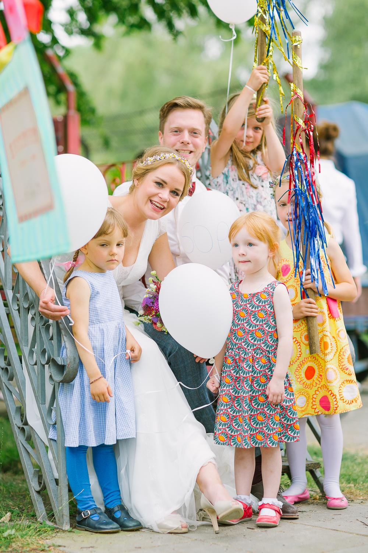 Hochzeitsfotograf Le Hai Linh Koeln Duesseldorf Bonn Zirkushochzeit Vintagehochzeit Sommerhochzeit 124.jpg