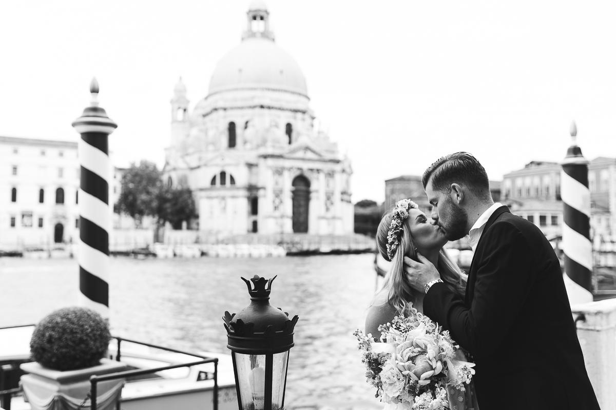 Hochzeitsfotograf Le Hai Linh Boho Chic After Wedding Shooting Venedig Timo Horn 1.FC Koeln 006.jpg