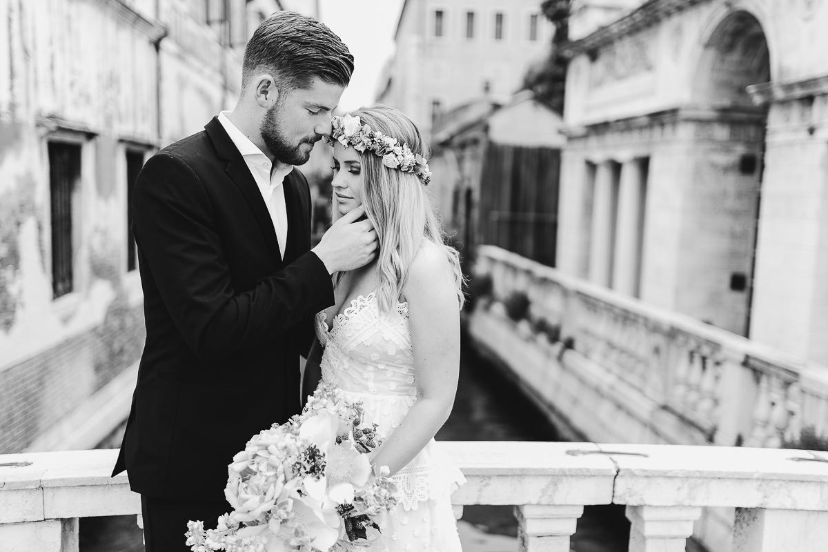Hochzeitsfotograf Le Hai Linh Boho Chic After Wedding Shooting Venedig Timo Horn 1.FC Koeln 014.jpg