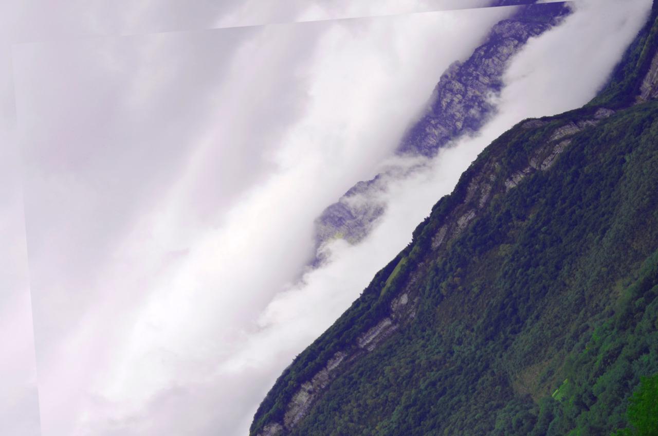 Montagne double, avant Grenoble, photographie numérique, collage numérique, 2012