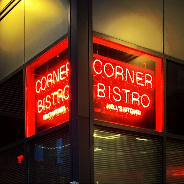 The iconic Corner Bistro now open @gwmarket in Hell's Kitchen. 🔥🍔🔥 @cornerbistrony