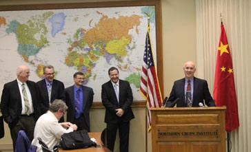 Dean Gorder, NDTO Executive Director, (at podium), led the press conference. Also pictured (standing from l to r) are Tom Wahl, NDSU; John Crabtree, NCI; Brian Andrew, Red River Commodities; and ND Ag Commissioner Doug Goehring.