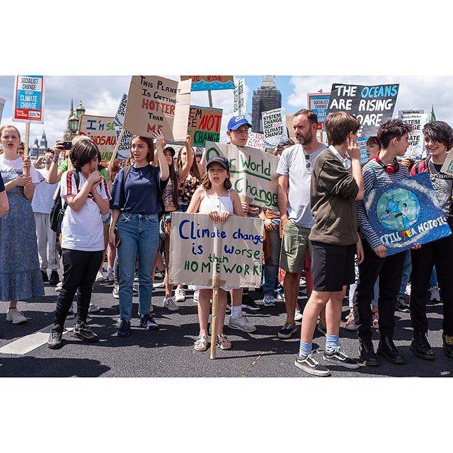 Westminster Bridge - 21 June 2019 • • • • #YouthStrike4Climate #GreenNewDeal #ClimateStrike #SchoolStrike4Climate #FridaysForFuture
