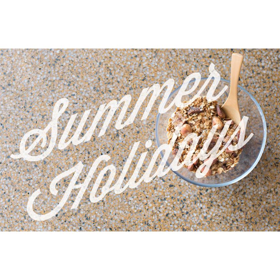 SummerHolidays_title_web.jpg