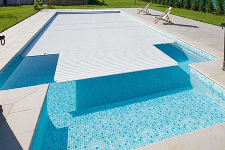 converture-automatique-piscine-projetpiscine.jpg