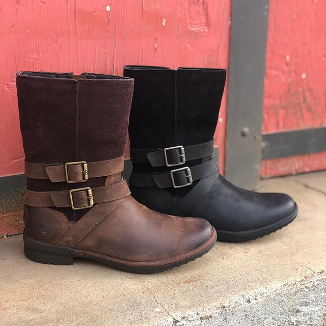 UGG Lorna $190 🌟Customer Favorite 🌟Waterproof  Don't be fooled by the look of this boot – it's also made to handle the elements. The Lorna is waterproof with a vintage look and soft wool lining. It also features an all-weather sole infused with cork for extra cushioning and traction.  #ugg #ugglife #leatherboots #waterproofboots #nelsonsfootwear