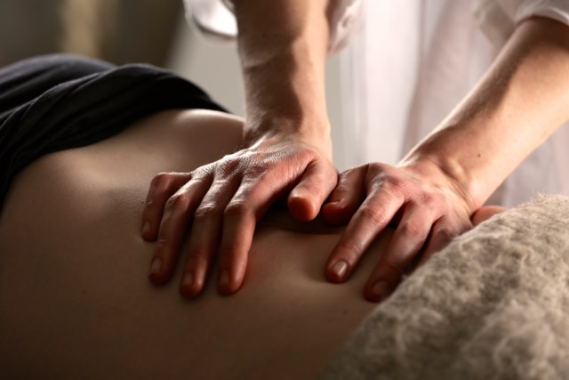 abdominal_massage_oxford_acupuncture_clinic.jpg