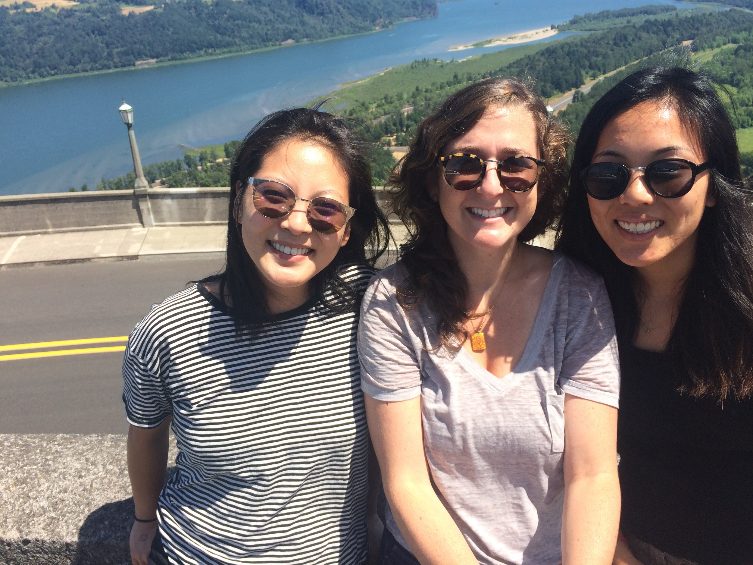 Using the selfie stick at the Vista House lookout