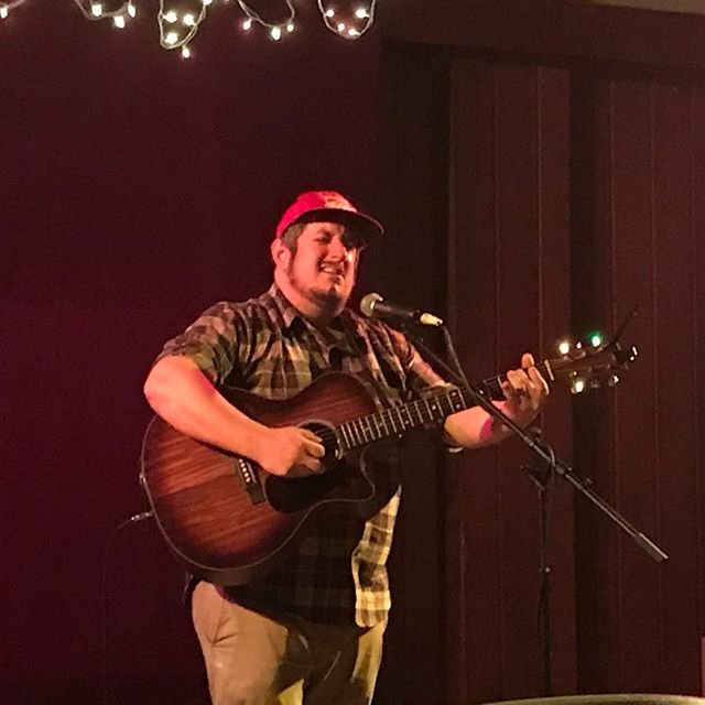 Thank you Jason Erie @jasoneriemusic (amazing show!) Toby Weisend @ Albert S. George Youth Center, Barnesville Ohio, for inviting me to play 🎶 Friday. And all behind the scenes supporters Billy & Kristin @indoratophoto 😇 A pleasant weekend in Ohio✨🍁🌕🌈💝