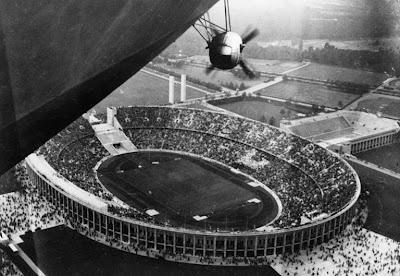 1936-summer-olympic-opening-ceremony-berlin-L-hYUHHK.jpeg