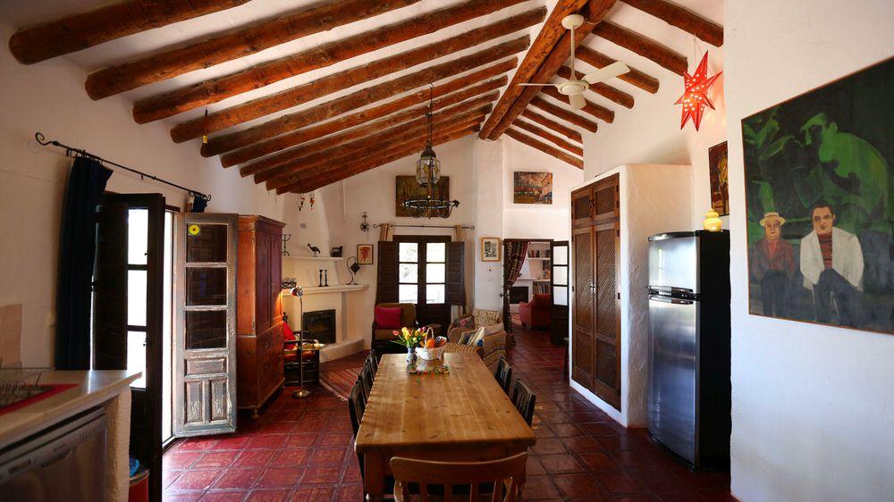 ruben kitchen.jpg
