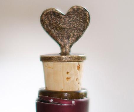 Heart-Wine-Stopper-The-Little-Market.jpg