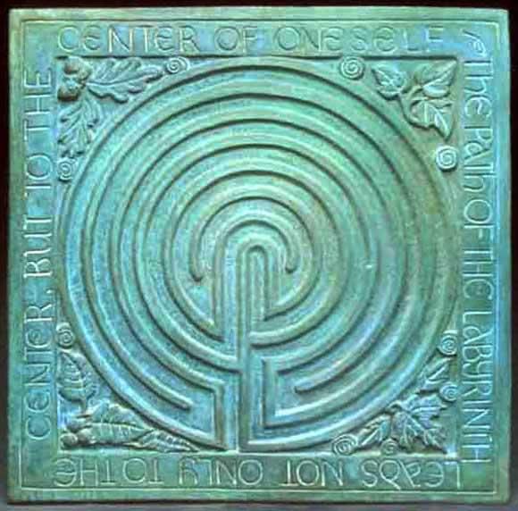 http://www.midnightmoon-celtic.com/images/labyrinth_opt.jpg