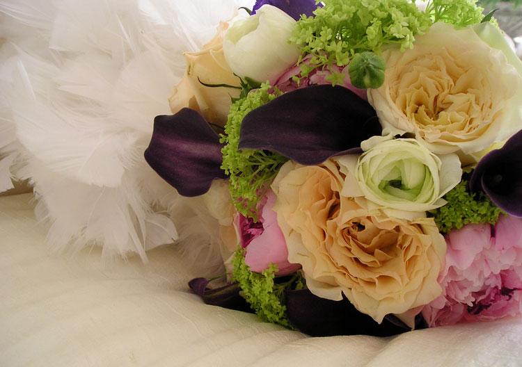 Jewel-toned wedding bouquet